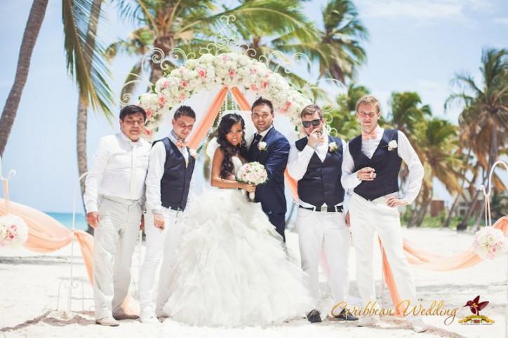 VIP Свадьба в Доминикане в стиле Shabby chic nude {Георгий+Евгения} – Читать далее