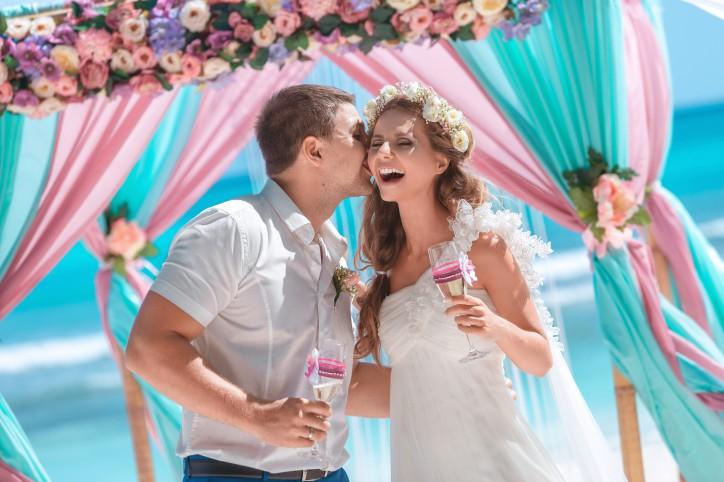 Идеальная свадьба в 21 веке: от традиций к современности – Читать далее