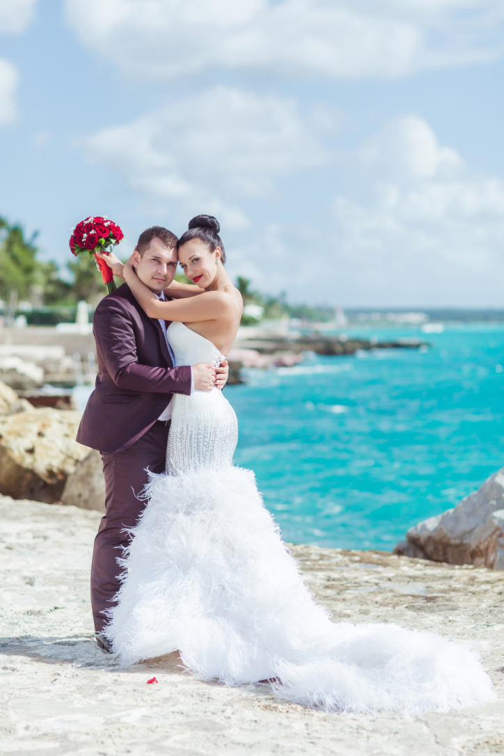 Выбор свадебного платья: аренда или покупка?