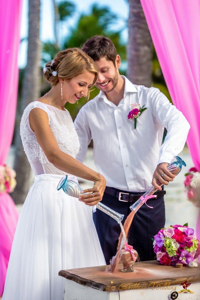 Свадьба в пляжном ресторане в стиле Франка Синатры {Александр и Ольга}