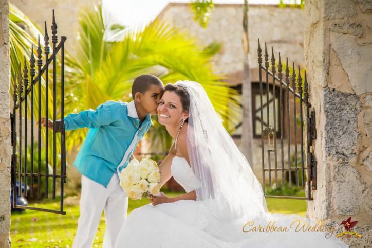 chapel-wedding-in-punta-cana-04