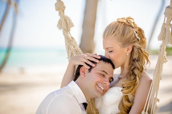 Символическая церемония на пляже в Кап Кане и Love Story в Marina Sands {Евгений+Анна}